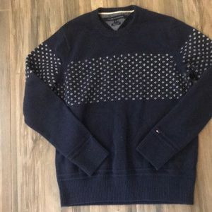 Tommy Hilfiger Wool Blended Sweater Large